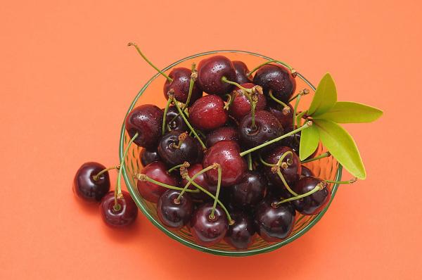 tac dung cua qua cherry doi voi ba bau 4