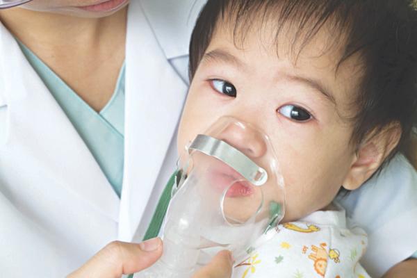 Bệnh hen suyễn ở trẻ em: Điều trị như thế nào là tốt nhất? - Ảnh 2