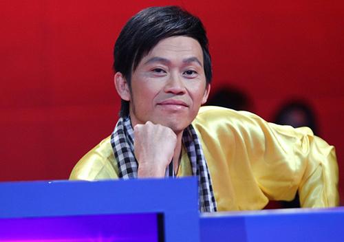 Nghệ sĩ Hoài Linh gây 'sốc' với '4 con xe' sang chảnh mới tậu - Ảnh 1