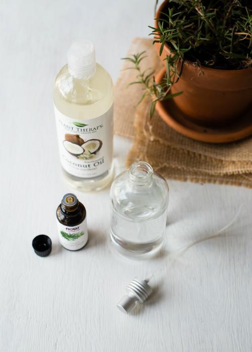 Bột dưỡng và dầu xịt giúp tóc xoăn, khô trở nên bồng bềnh, bóng khỏe - Ảnh 2