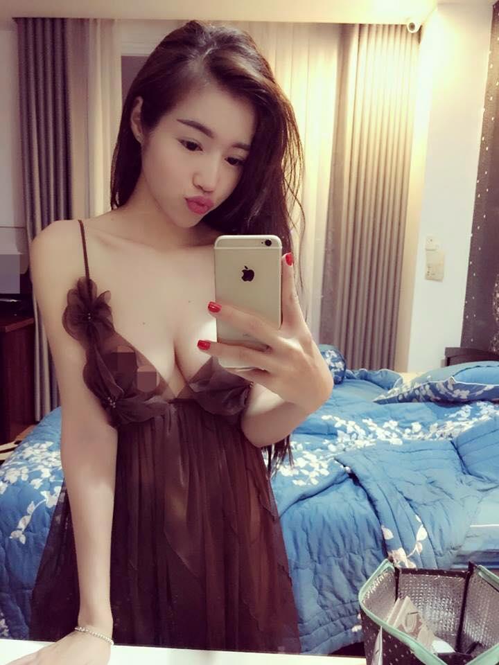 Elly Trần nổi loạn khoe eo 54cm, ngực 'khủng' cỡ này, Ngọc Trinh có là gì - Ảnh 5