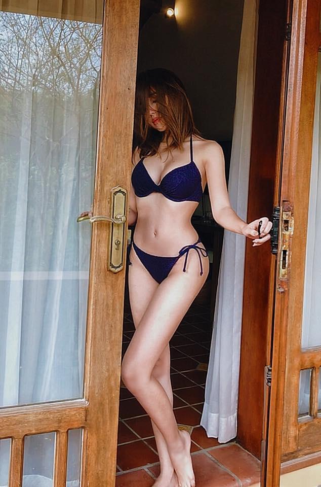 Elly Trần nổi loạn khoe eo 54cm, ngực 'khủng' cỡ này, Ngọc Trinh có là gì - Ảnh 10