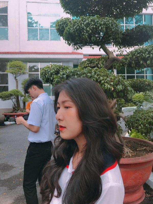 Bị tố sửa mũi, nữ sinh 2K1 tìm đến Hoa hậu Việt Nam để chứng minh mình đẹp tự nhiên - Ảnh 4