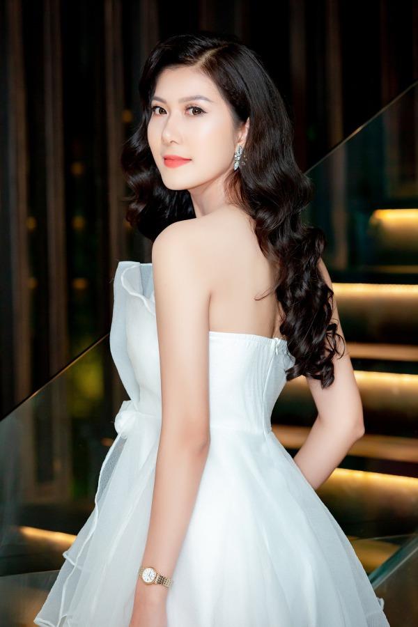 Bị tố sửa mũi, nữ sinh 2K1 tìm đến Hoa hậu Việt Nam để chứng minh mình đẹp tự nhiên - Ảnh 5