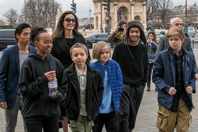 Angelina và Brad Pitt đang hoàn tất vụ ly hôn trong êm thấm - Ảnh 2