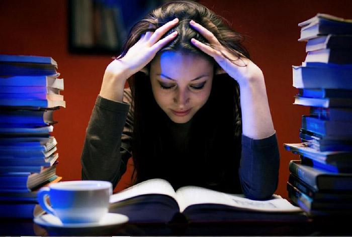 Những loại bệnh phụ khoa mà con gái dễ gặp phải vì thói quen thức khuya - Ảnh 2