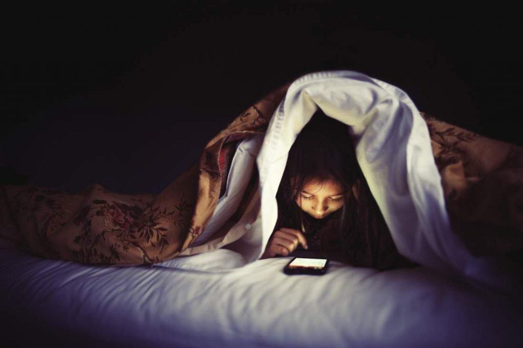 Những loại bệnh phụ khoa mà con gái dễ gặp phải vì thói quen thức khuya - Ảnh 3