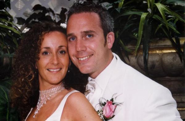 Mong mãi mới có con nhưng kết quả lần đầu khám thai khiến cặp đôi 'đứng hình' - Ảnh 1