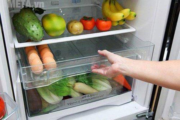 Cho cốc nước và đồng xu vào tủ lạnh qua đêm, sáng ra cả nhà 'tròn mắt' xem điều lạ - Ảnh 3