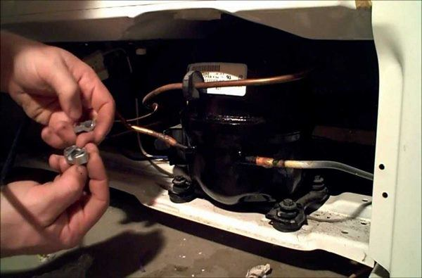 Dấu hiệu cảnh báo tủ lạnh hết gas, phải thay ngay kẻo cả nhà gặp họa - Ảnh 3