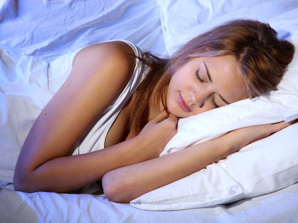 Muốn giảm cân, hãy luyện những thói quen này trước khi đi ngủ 30 phút - Ảnh 1