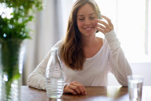 Uống nước lọc chuẩn cách này, cân giảm ầm ầm không cần ăn kiêng - Ảnh 1
