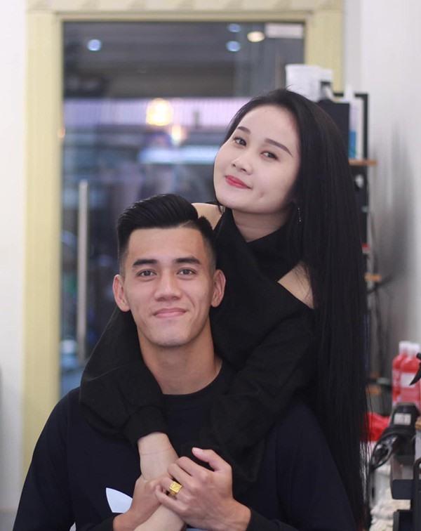 3 nàng 'cựu WAGs' hậu chia tay thủ Việt bị soi có tình mới: Gia thế siêu khủng lại còn đẹp trai - Ảnh 8