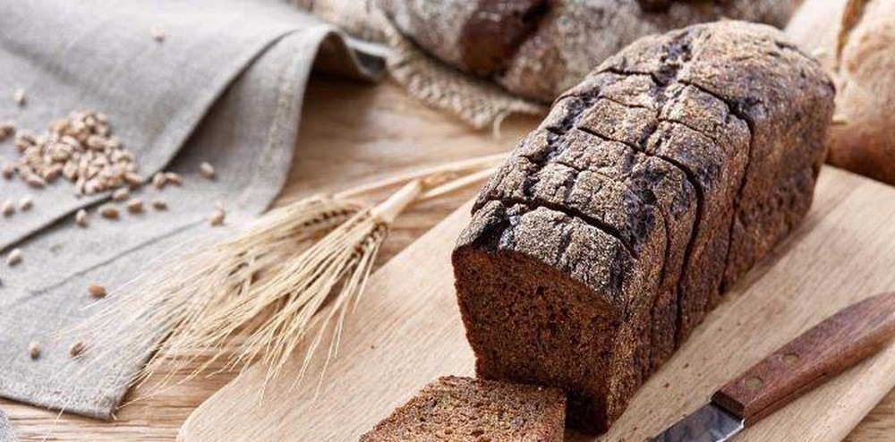 Biết được công dụng của bánh mì đen đối với sức khỏe sẽ khiến bạn vô cùng bất ngờ - Ảnh 2