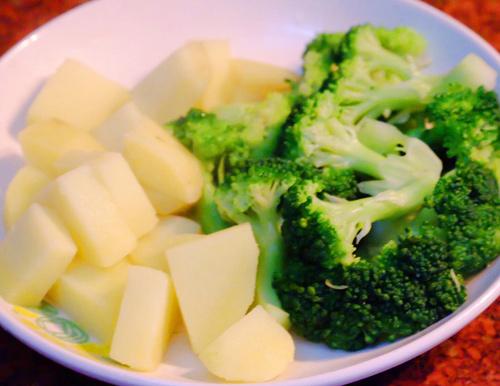 Mách mẹ công thức nấu bột ăn dặm cho trẻ vừa ngon lại đầy đủ chất dinh dưỡng - Ảnh 4