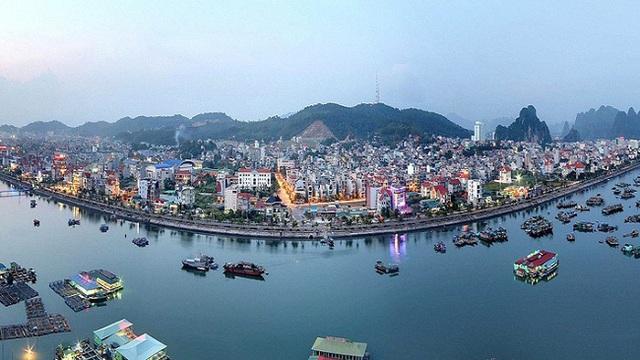Không cấp phép dự án bất động sản mới, Quảng Ninh làm méo mó môi trường đầu tư? - Ảnh 1