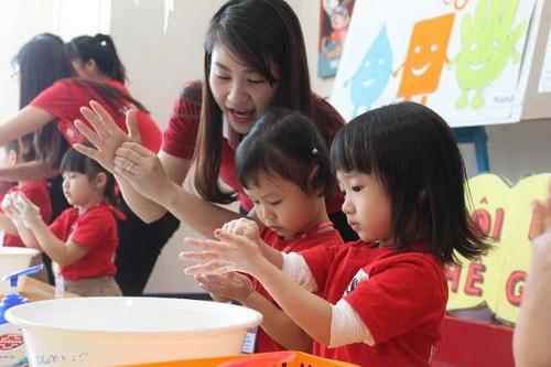 Những chú ý trong chăm sóc trẻ mùa tựu trường - Ảnh 1