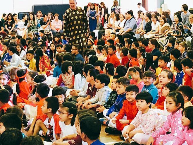 Hồ Ngọc Hà hạnh phúc khoe ảnh cùng mẹ tới trường con trai Subeo - Ảnh 3