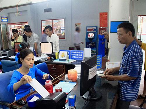 Nhận làm 'cò' vé tàu tết, bảo vệ ga Sài Gòn ôm tiền lẫn xe máy của khách bỏ trốn biệt tăm - Ảnh 1