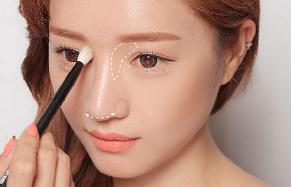Da trắng bóc, mịn màng như gái Hàn Quốc nhờ 1 viên đá lạnh - Ảnh 4