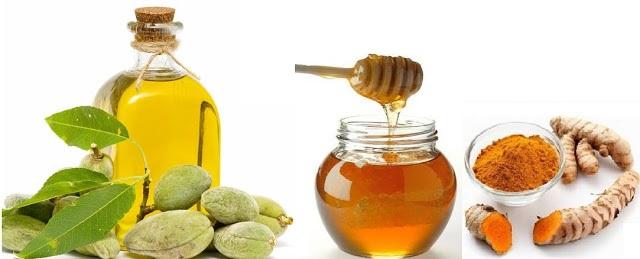 Hỗn hợp làm đẹp với dầu oliu và bột nghệ, mật ong cho da trắng mịn
