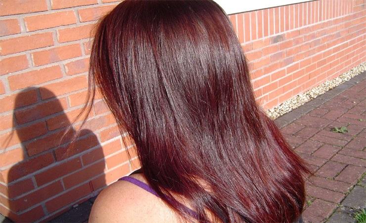 Nhuộm tóc lên màu nâu đỏ tự nhiên với 3 củ dền chưa đến 10 ngàn