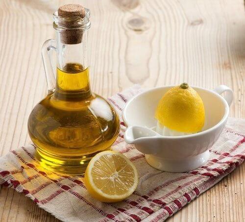 Biết cách dùng, dầu oliu có tác dụng như thần dược khiến cả đống mỹ phẩm tiền triệu 'chạy dài' - Ảnh 4