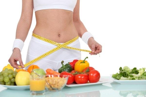 Xây dựng một chế độ ăn uống là điều bắt buộc để có một vòng 2 đẹp sau sinh