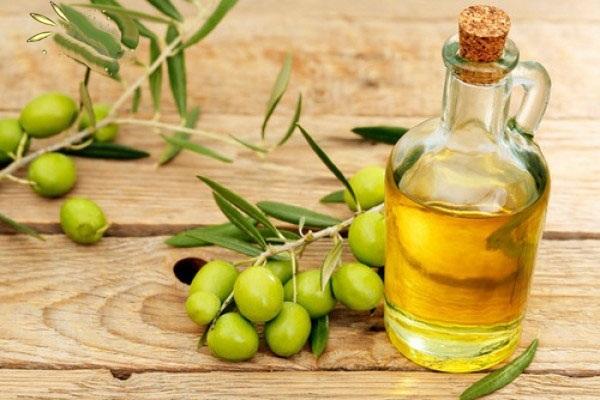 Dâu oliu dưỡng môi hồng hiệu quả nhất