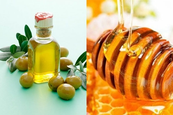 Kết hợp mật ong với dầu oliu làm hồng môi