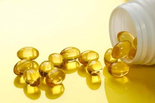 Vitamin E giúp dưỡng hồng môi công hiệu nhất