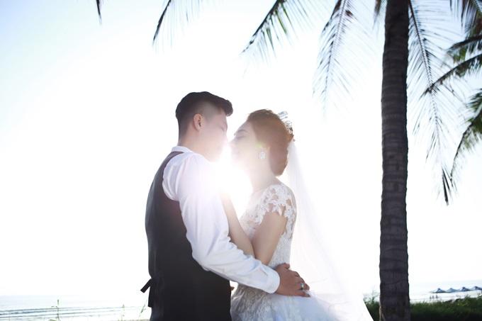 Ngắm trọn vẹn bộ ảnh cưới đẹp như mơ của Lâm Khánh Chi và chồng trên biển  - Ảnh 11