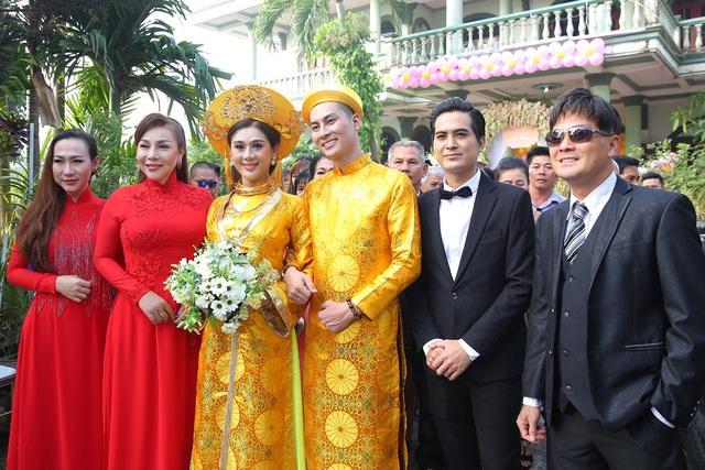 Một năm hỷ sự, sao Việt nào mặc đồ truyền thống đẹp nhất - Ảnh 6