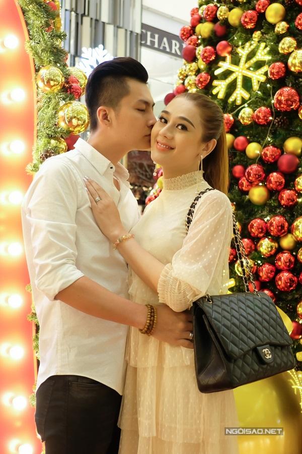 Lâm Khánh Chi bất ngờ được bố mẹ ruột tặng biệt thự 7 tỷ trước đám cưới - Ảnh 2