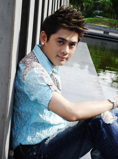 Lâm Khánh Chi trước khi phẫu thuật được nhiều người hâm mộ bởi vẻ ngoài điển trai - Ảnh: Internet