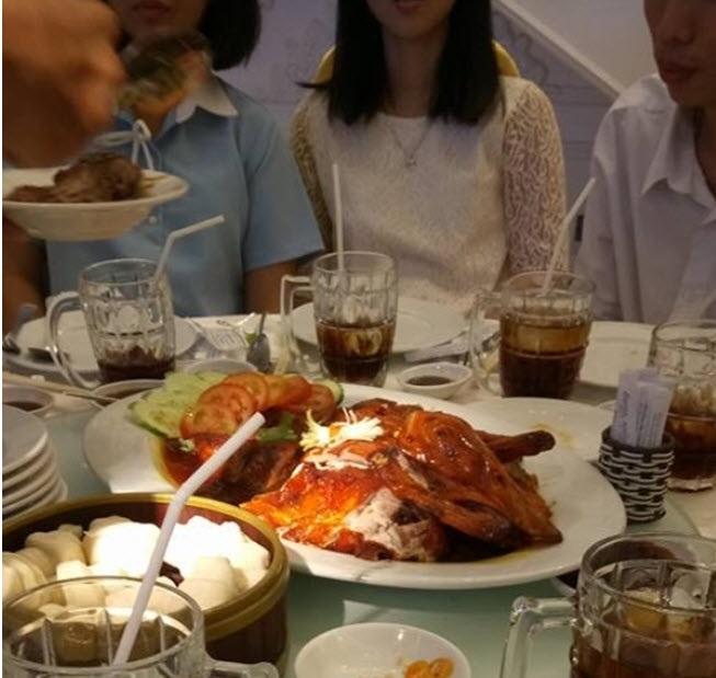 Thực đơn đám cưới mỗi người một kiểu của sao Việt: Người xa xỉ, kẻ giản dị không ngờ - Ảnh 16