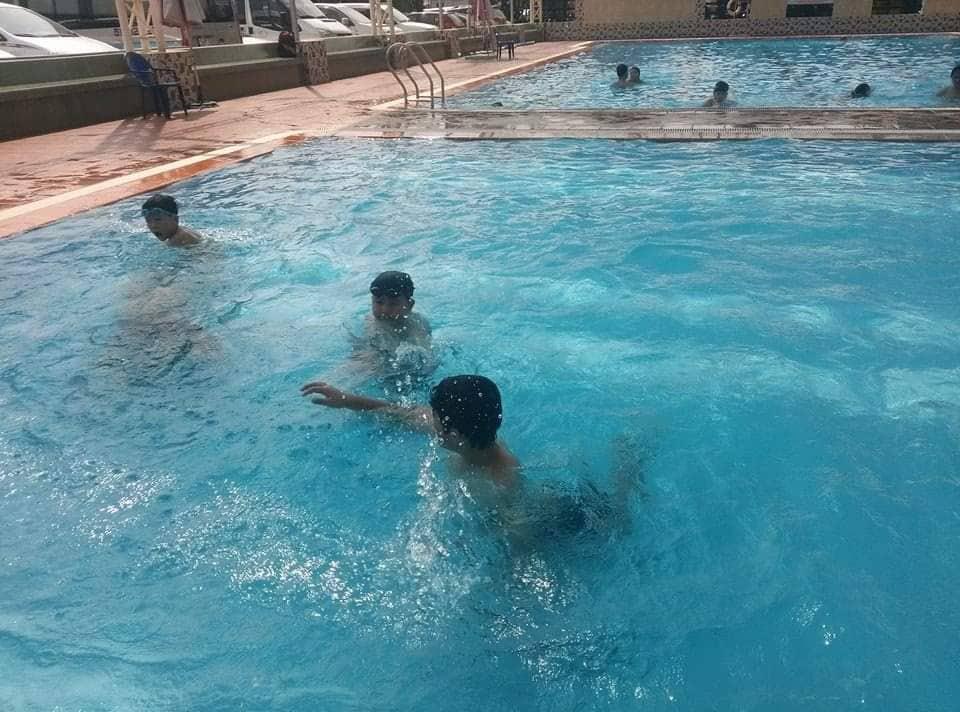 Mẹ chết đuối trong hồ bơi khi đi học bơi cùng con ở Sài Gòn - Ảnh 2