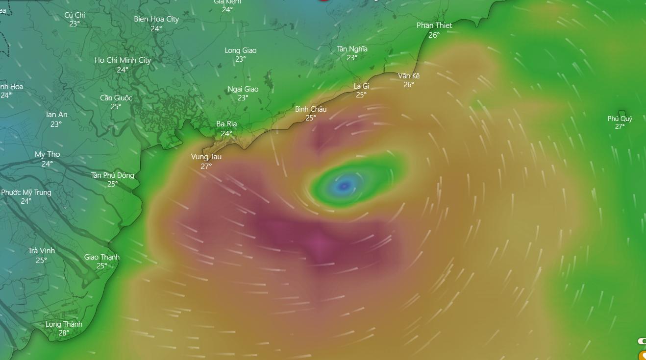 Bão Usagi áp sát đất liền, xuất hiện nguy cơ bão chồng bão - Ảnh 2