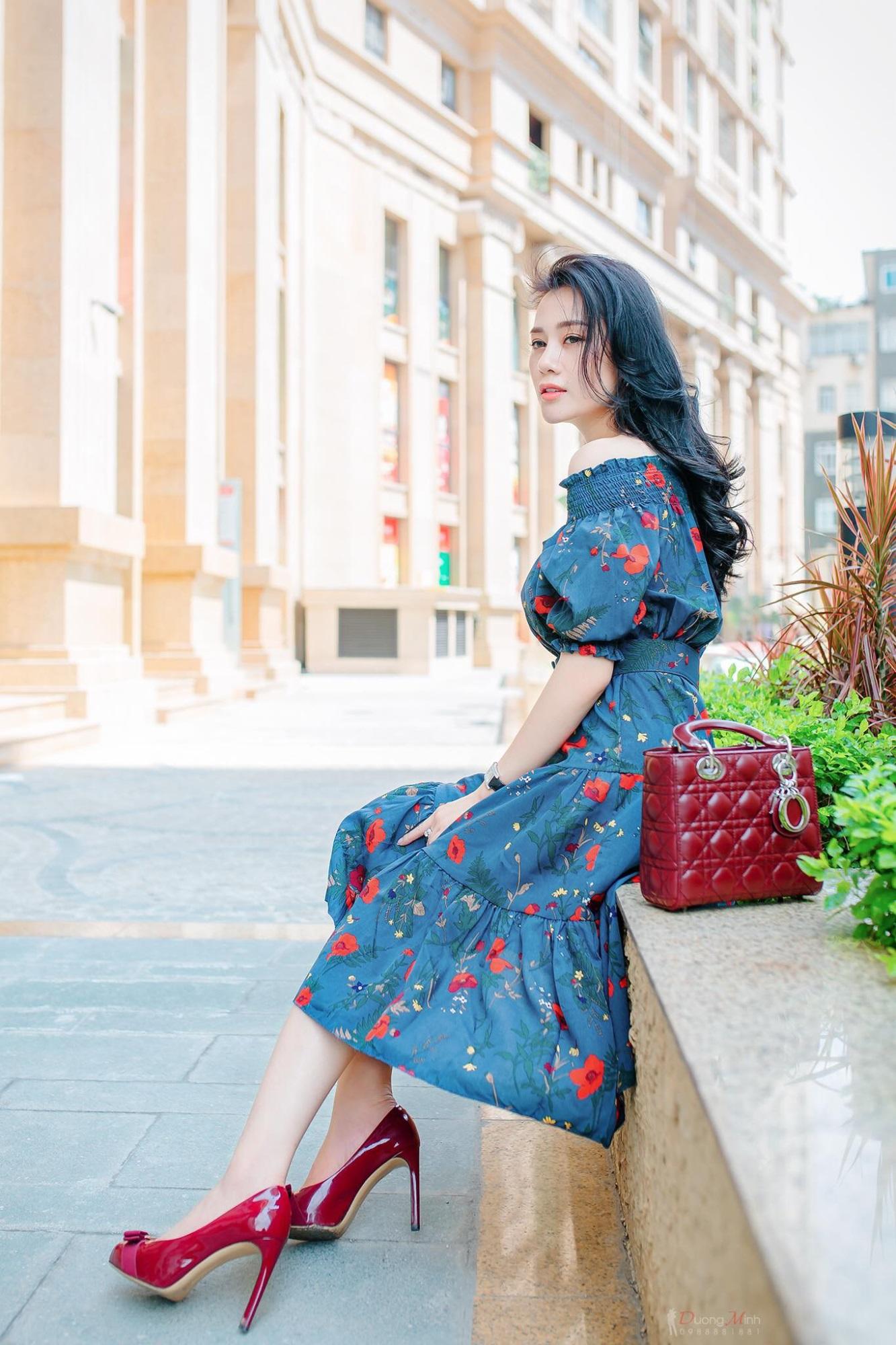 Không thua kém Ngọc Trinh, nữ chính 'Quỳnh búp bê' sành điệu với tủ đồ hiệu hàng trăm triệu đồng - Ảnh 12