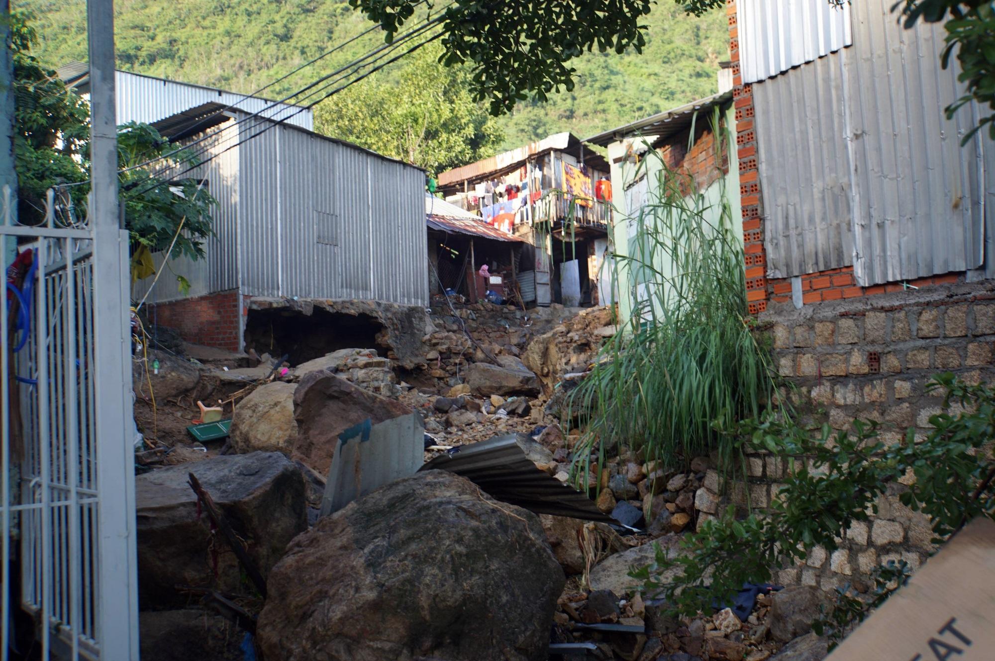 Thôn nghèo tan hoang, 5 người chết và mất tích sau cơn thịnh nộ của thiên nhiên - Ảnh 7