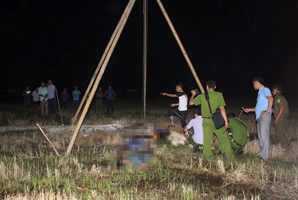 Khởi tố vụ bốn người bị điện giật chết khi dựng cột viễn thông - Ảnh 1