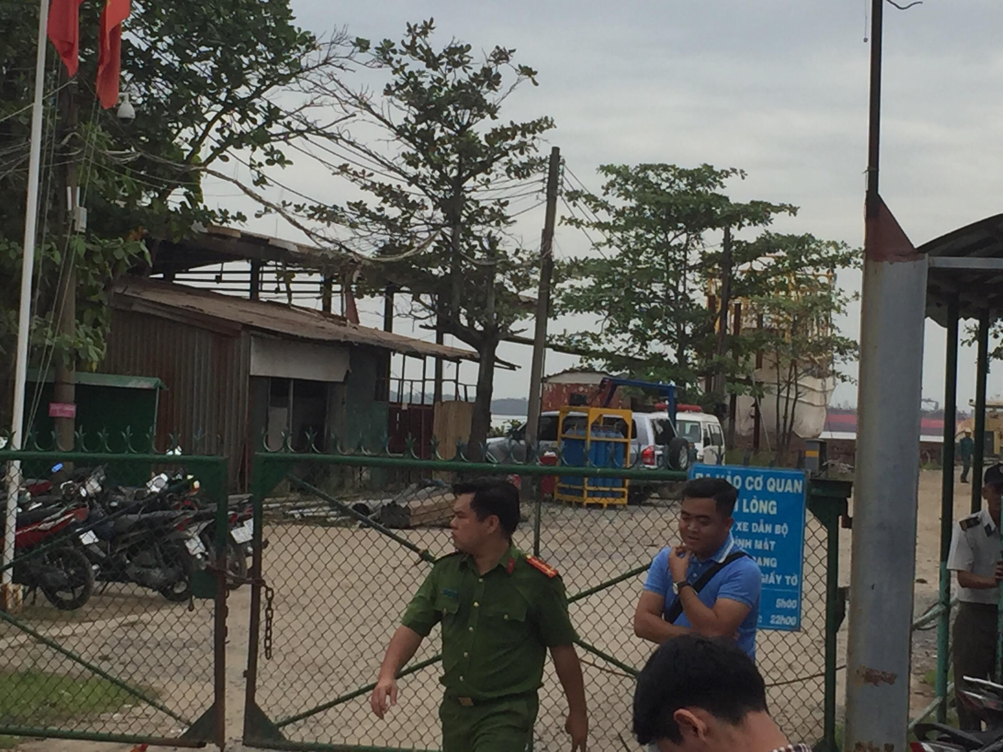 Nổ ở xưởng đóng tàu kinh hoàng ở Sài Gòn, 2 nạn nhân tử vong thi thể không nguyên vẹn - Ảnh 1