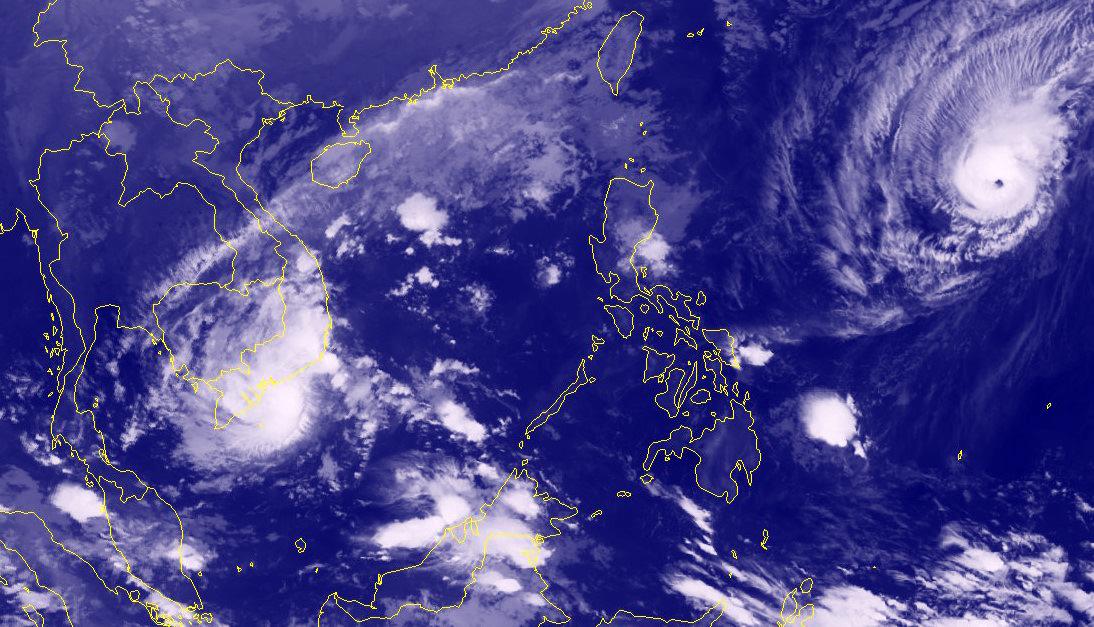 Bão Usagi áp sát đất liền, xuất hiện nguy cơ bão chồng bão - Ảnh 1