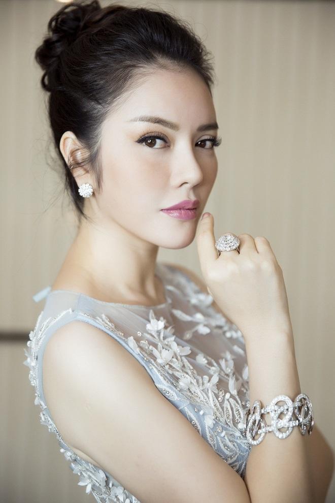Chi 1 triệu euro quảng bá hình ảnh Việt Nam, tại sao Lý Nhã Kỳ vẫn bị 'ném đá' tơi tả? - Ảnh 5