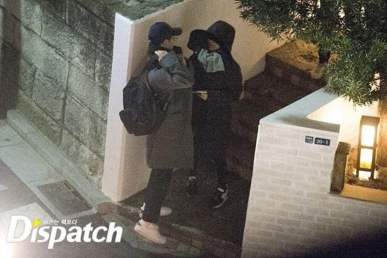Thiệp cưới đơn giản đến không ngờ của cặp đôi quyền lực nhất nhì showbiz Hàn Song Joong Ki - Song Hye Kyo - Ảnh 4
