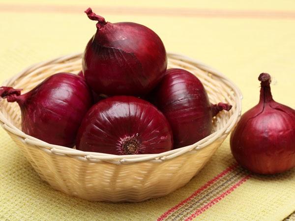 Các thành phần có trong hành đỏ giúp tăng cường hệ miễn dịch và giảm sự hình thành cholesterol xấu