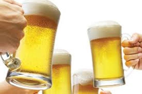 90% người Việt sẽ phải 'ngã ngửa' khi biết lợi ích của việc uống bia theo cách này - Ảnh 1
