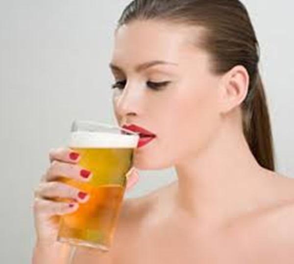 90% người Việt sẽ phải 'ngã ngửa' khi biết lợi ích của việc uống bia theo cách này - Ảnh 4