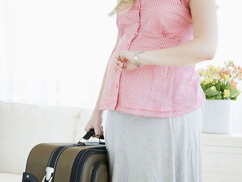 Những lưu ý khi đi máy bay mẹ bầu phải thuộc lòng để đảm bảo an toàn cho mẹ và thai nhi - Ảnh 2