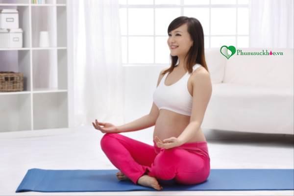 Lưu ý  khi mang thai 3 tháng đầu mà chị em phụ nữ cần biết - Ảnh 2